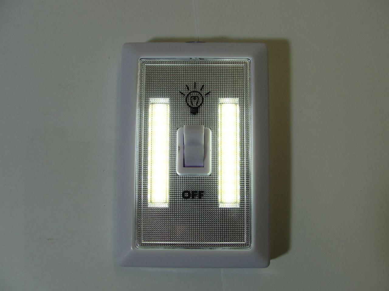 Светильник с выкл-м RY-1703( магнит.скотч.)3*R03
